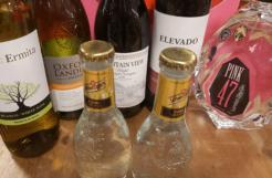 Lockdowndoos D met 70 cl. Pink 47 Gin, + 4 flessen wijn en 2 flesjes tonic-0