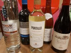 Lockdowndoos E met liter Premium Jenever en 4 flessen wijn-0