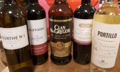 Lockdowndoos G met liter Clan MacGregor blended whisky en 4 flessen wijn-0